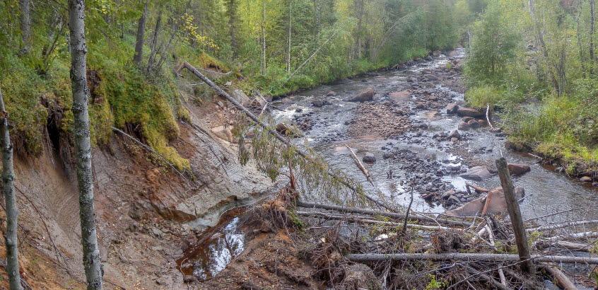 Ett skred och slamströmmar i Kattån, Gällivare kommun
